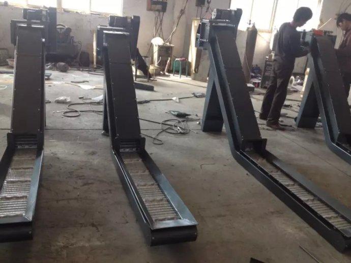 机床排屑机可有效防止碎屑附著,增加除屑能力