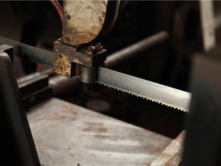 什么原因造成焊接平台畸形呢? 和沈阳焊接加工厂家看看