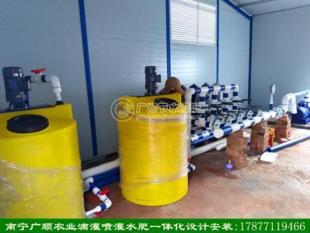 南宁施肥机肥料桶过滤器设计安装(广西先进技术单位)