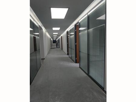 甘肃省儿童医院住院部地面改造工程 6000平米 完工时间2018.3