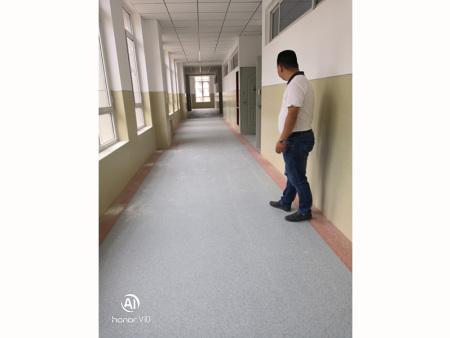 庆阳市庆城县陇东中学教学楼墙面+地面 52000平米 完工日期2019年8月