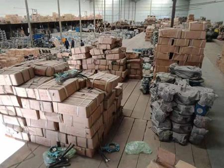 蘭州閥門管件供應商介紹閥門的使用特性以及結構特性: