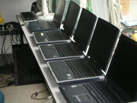 臺式電腦和筆記本相比哪個比較容易出現問題