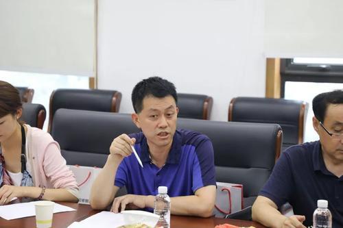 陕西文华建筑景观工程有限公司董事长闫倍呈在西安市工商联第十四次会员代表大会上当选为市工商联执委