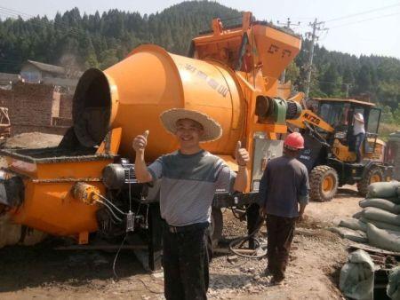 农建混凝土搅拌输送一体机