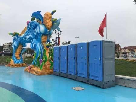 玻璃钢式的移动厕所是怎么做成的?移动厕所租赁价格是多少?
