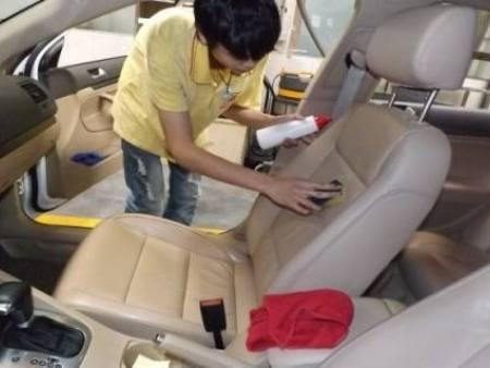 车辆真皮座椅怎么保养