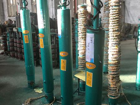 沈陽深井潛水泵是如何排油的?