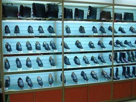 郑州鞋柜厂 中献货架实力强(新闻资讯)