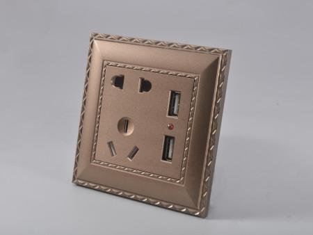 华新咖啡双USB五孔