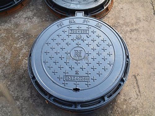 如何选择板式球墨井盖铸造的铸造系统?