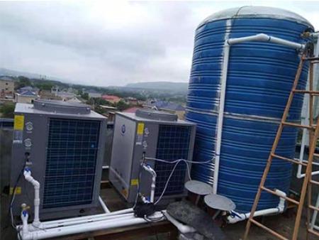 广河县四家清真寺2台5匹纽恩泰万博官方网站手机版能热水机循环6吨保温水箱,供一百多人洗浴用水