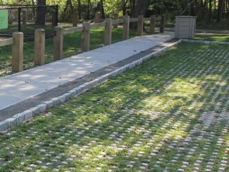 臨沂草坪磚