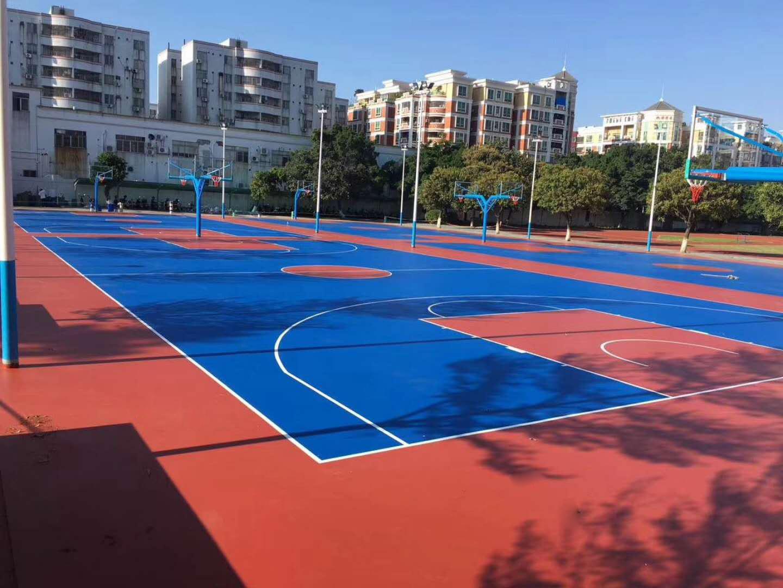 广西硅PU篮球场,优冠体育教你如何正确的补救破损的硅PU球场