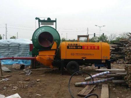 50型混凝土输送泵工地