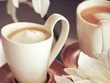 【兰州奶茶加盟】和果餐饮为您走进秋冬季怎么经营奶茶店