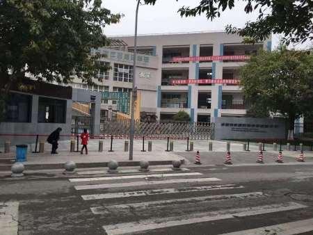 漳州升降柱廠家分享升降柱常見的類型