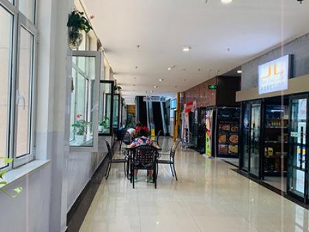 副食商城大厅