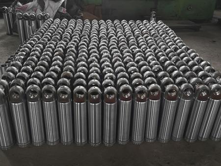 厂家简述大型液压油缸保养以及打磨
