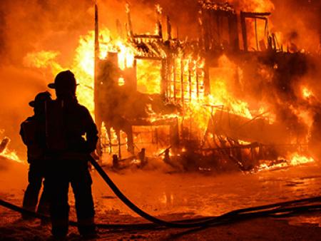 家庭火灾抢救要点,第一时间应该怎么办???