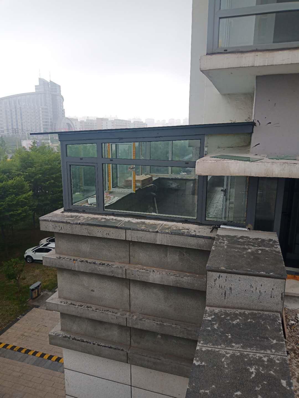 丹東斷橋鋁門窗主要分為哪幾類?