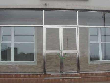 丹東門窗公司說說如何安裝鋁合金門窗