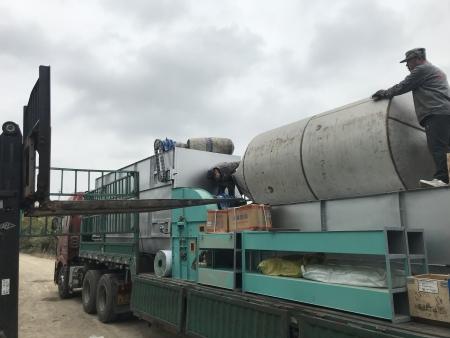 玉米压片机11月3日 吉林敦化设备发货现场