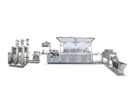 At present, the development of domestic papermaking equipment manufacturers is very slow