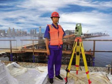 西安水准仪厂家——高精密水准仪的结构特点