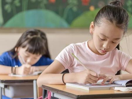 优丫漫资讯   绘本被列入小学语文期末试卷,你还有什么理由不重视绘本阅读!