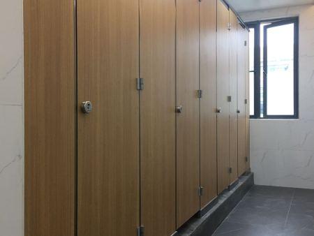 厦大翔安校区卫生间隔断改造项目
