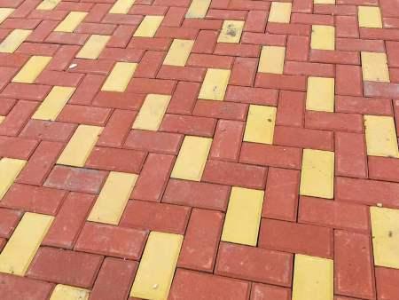 西安透水砖-铺设透水砖对城市的意义