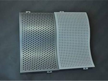 單曲弧形鋁單板