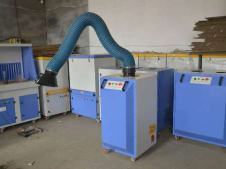 焊烟除尘器使用说明及维护要点