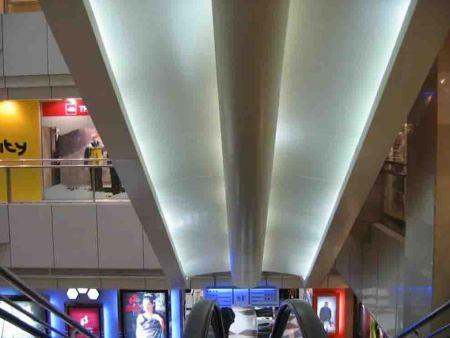 商场的哪些部位一般都用铝单板装饰-宁夏坚盾幕墙公司