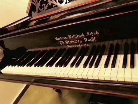舒尔兹钢琴:一个家族,半部德国钢琴制造史Gebr.Schulz舒尔兹钢琴