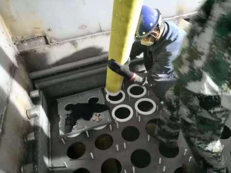 陶瓷触媒滤管除尘器