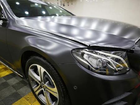 烟台汽车改色贴膜:近期受欢迎的几个颜色