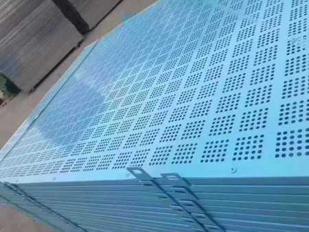 为什么推荐使用外架钢板网,聚耀外架钢板网的优势在哪里?