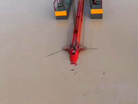 绞吸式挖沙船工作现场