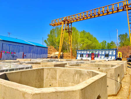 朝阳混凝土制品水泥电力井厂区