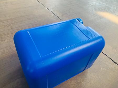 西北塑料桶批發商例舉正規化工桶廠家應該具備哪些條件
