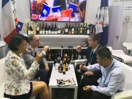 大兴安岭阿木尔北极冰酒精彩亮相上海进博会法国展区