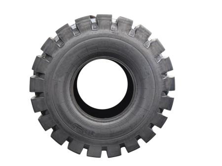 汽车轮胎正常使用寿命有多长 多久需换一次