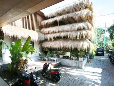 成都众派思装饰 | 巴厘岛原始风素食餐厅设计赏析
