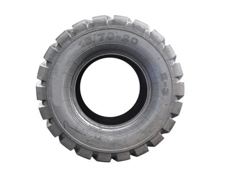 轮胎凸凹出现的危害大吗?