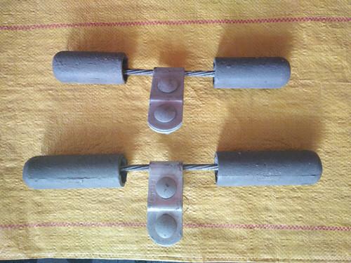 电力金具防震锤的主要特点