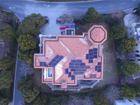 青浦御湖22號12.8kw屋頂太陽能發電項目