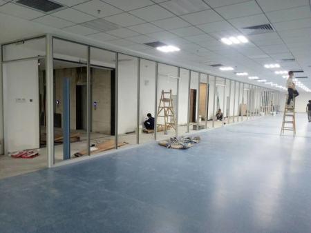 办公室玻璃隔断工程