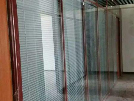 昆明玻璃隔断工程案例